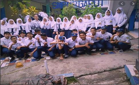 Foto Guru dan Siswa SMPN 3 Garut